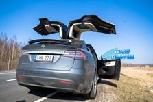 Kas elektriautoga on võimalik sõita Lätti ja tagasi? - Tesla Model X video