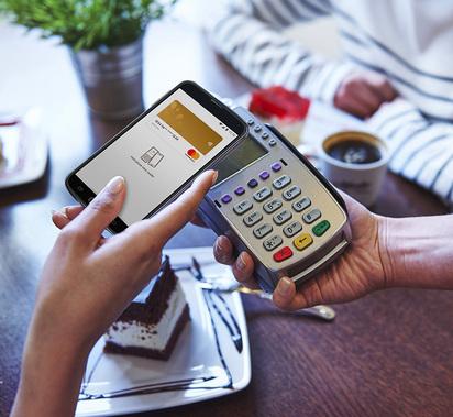 Swedbank avas täna mobiilsed viipemaksed ja tutvustab uue äpi esmaversiooni