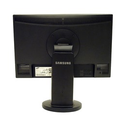 "Samsung 22"" LCD SyncMaster 2243BW"