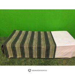 Roheline sametiga kolmveerand kattev voodikate (kasutatud)